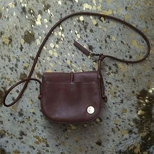 VINCE CAMUTO  cross body purse